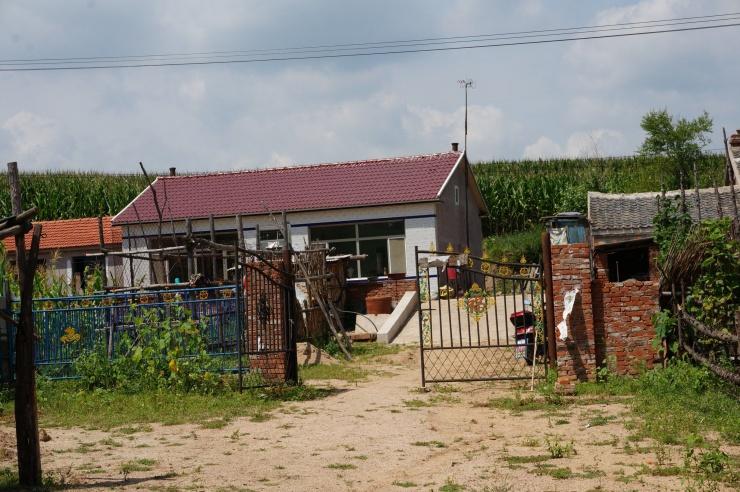 农村�y.���)_这竟是最真实的东北农村房 太让人震惊了!