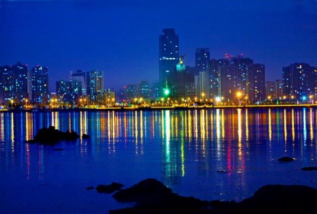 """青岛西海岸新区""""八化""""行动建设美丽新区"""