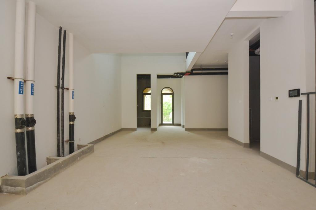 远洋傲北二期新房 390平毛坯联排 看房有钥匙